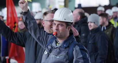 Der Druck hat gewirkt - Stahlwerker bekommen 3,7 Prozent mehr Geld
