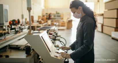 COVID-19 als Arbeitsunfall: Auf was Beschäftigte achten müssen